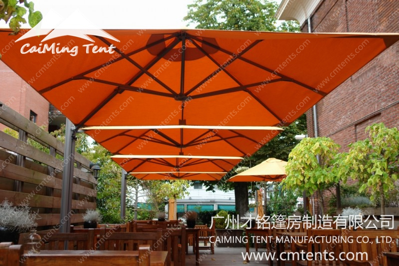Multi-mast Cantilever Umbrella